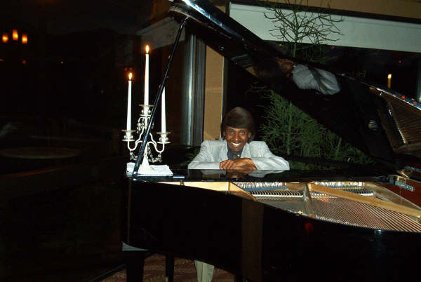 Image of Pianist Asaph Adonai